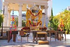 用花诗歌选装饰的婆罗门寺庙在拉斯维加斯 图库摄影