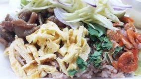 用虾酱晒干的米 免版税库存图片