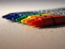 用蜡笔画彩虹 免版税库存照片