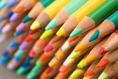 用蜡笔画dof缩小的铅笔点 免版税库存照片