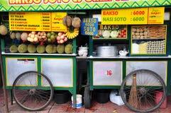 用车运送食物移动电话街道 免版税库存照片
