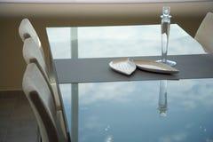 用餐典雅的内部豪华空间的设计 免版税库存照片
