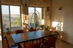 用餐内部空间的美好的设计 免版税库存照片