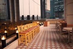 用餐室外表的椅子 库存图片