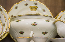 用餐碗筷集合的皇家瓷 免版税图库摄影