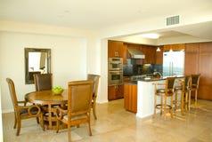 用餐美食的厨房空间的设计员 免版税库存照片