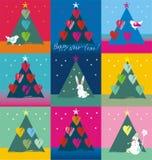 用鸟心脏兔宝宝和雪人装饰的圣诞树 库存图片