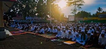 用Eid AlFitr的祷告1 Shawwal 1440在独立领域Sibuhuan的Hijri 免版税库存照片