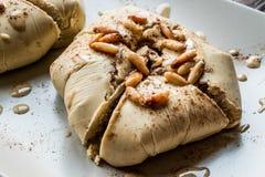 用hummus和鸡豆做的亚美尼亚开胃菜题目或Topik meze 库存照片