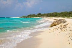 田园诗海滩加勒比海 免版税图库摄影