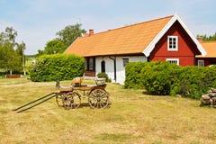 田园诗老房子。 库存图片
