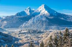 田园诗风景在巴法力亚阿尔卑斯,贝希特斯加登,德国 库存图片
