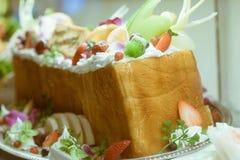 由一个面包做的日本砖多士塑料图  图库摄影