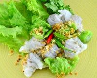 由与螺母的米和猪肉做的泰国食物。 库存图片