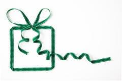 由丝带做的礼物盒 免版税库存图片
