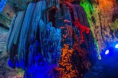 由于中国银色洞穴在桂林市Guangx 图库摄影