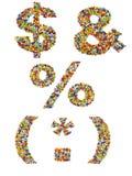 由五颜六色的玻璃珠做的标点符号在白色 图库摄影