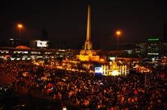 围攻由停工曼谷的泰国政府抗议者 免版税库存照片