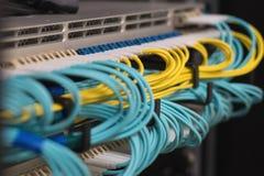 由光纤信息技术的数据传送 免版税库存照片