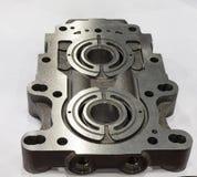 由加工m的高精确度cnc抽熔铸的部分制造业 免版税库存照片