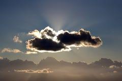 由后面照的云彩 库存照片