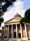 由圣路易斯公墓#1,其中一座的教会上面地面公墓在新奥尔良路易斯安那美国 图库摄影