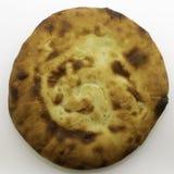 由小麦面粉做的白种人未经发酵的白面包-皮塔饼面包 图库摄影