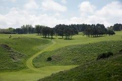 由市Etretat打高尔夫球领域, Normandie 免版税库存图片