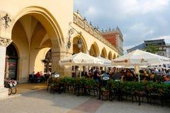 由布料霍尔的餐馆在克拉科夫 免版税库存图片