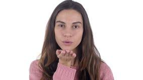 由年轻拉丁妇女的飞行的亲吻,爱,白色背景 股票视频