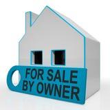 由所有者的待售议院不意味房地产开发商 免版税库存照片
