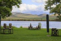 由河的野餐区 库存图片