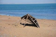 由海边的残破的避暑别墅 库存图片