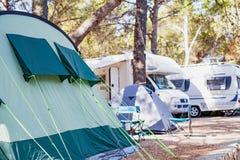 由海滨的帐篷,克罗地亚 库存照片