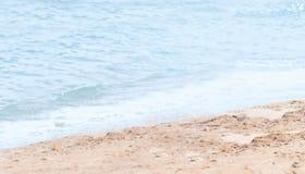 由海滨的海滩 库存照片