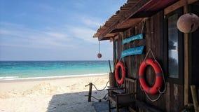 由海滩的酒吧 库存图片