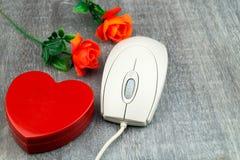 由点击-网上约会的爱 免版税库存图片
