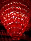 由瓶做的枝形吊灯樱桃利口酒 免版税图库摄影