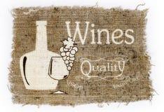 由瓶和玻璃,一束葡萄镀酒 免版税库存图片