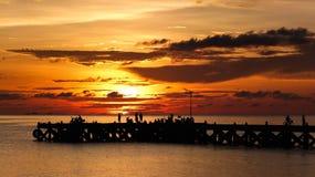 由码头的日落时间 免版税库存图片