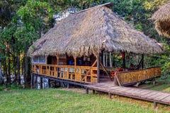 由竹子做的Eco小屋,似亚马逊密林 库存照片