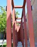 由粉末上漆的金属做的建筑结构 免版税库存图片