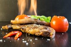 由羊羔牛排的食物,这食物烹调了与Nort的美食术 库存图片