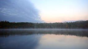 由蒸发池塘的早晨 股票视频