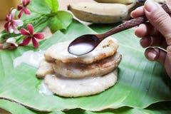 由香蕉做的泰国传统甜点 图库摄影