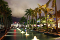 由维多利亚港口的岸边的香港文化中心 库存图片