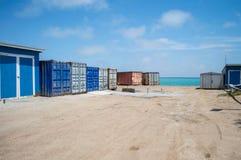 由绿松石海的容器在Walvisbay,纳米比亚 库存图片