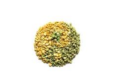 由绿色和黄色和杨的做的标志尹烘干了豌豆iso 免版税库存图片