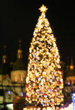 由bokeh光做的新年度的结构树 图库摄影