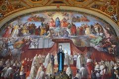 由Raphael的绘画在Raphael屋子 梵蒂冈,意大利 免版税库存图片